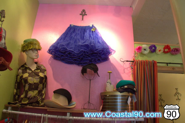 Retro style clothing and accessories in Bay St Louis