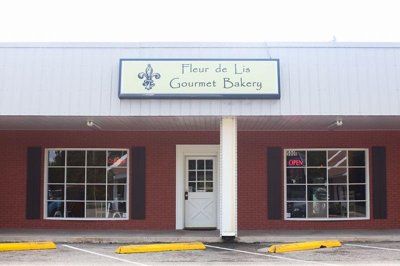 Fleur de lis bakery-117